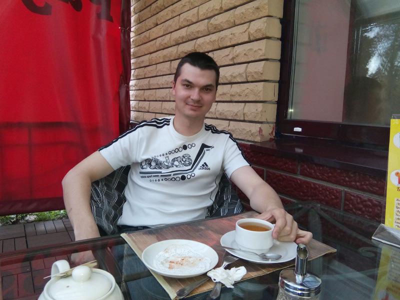 Отдыхаю в кафе Разгуляй